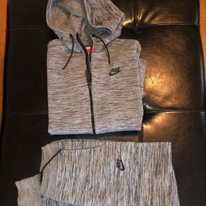 Nike sweater tech suit women's grey/blk